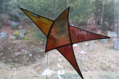 Dynamic-Star-in-warm-colors